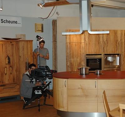 SWR Fernsehen dreht in unserer Massivholzküchen Ausstellung