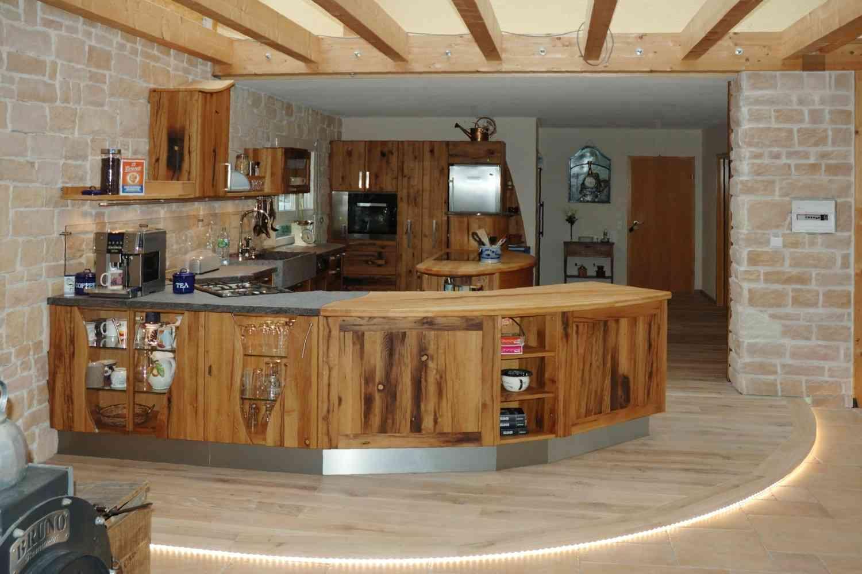 Massivholzküchen Hersteller: Vollholzküche & runde Küchen