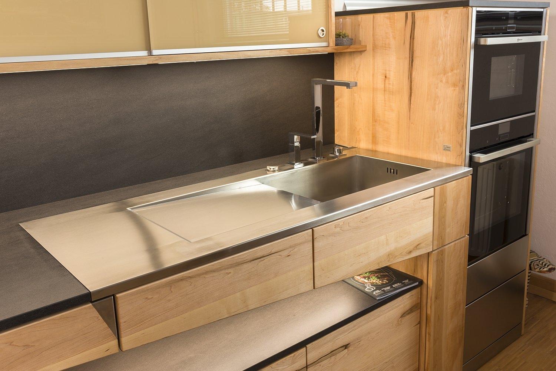massivholzk che architektur und natur. Black Bedroom Furniture Sets. Home Design Ideas