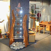 Pfister möbelwerkstatt fertigt Kunstobjekte Möbel zum streicheln auf dem Kunsthandwerkermarkt