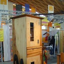 Der Parternosterschrank präsentiert Messe Karlsruhe